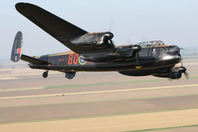 Легендарный бомбардировщик Avro Lancaster. ФОТО. 15025.jpeg