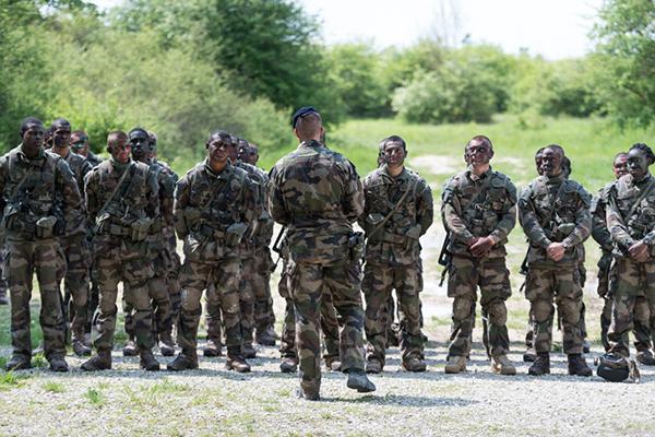 Великая, но нищая французская армия. 1