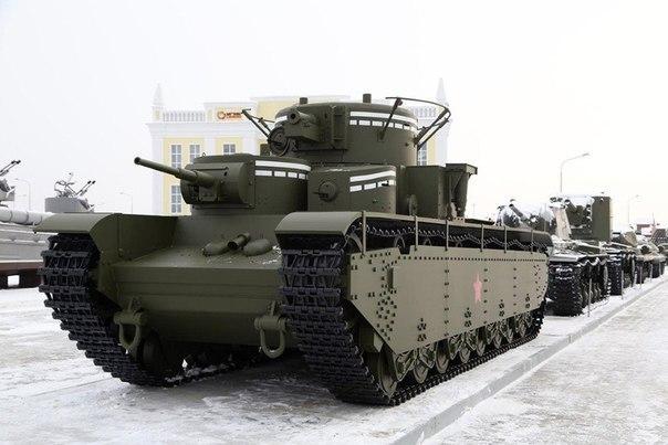 На Урале воссоздали уникальный пятибашенный танк Т-35. На Урале воссоздали уникальный 2