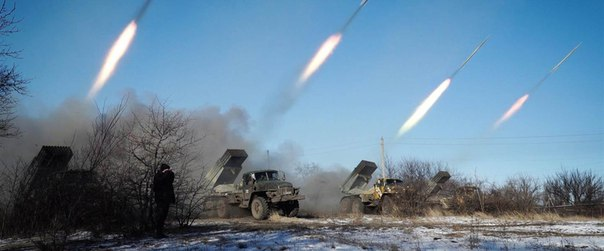 «Град» — советская реактивная система залпового огня (РСЗО) калибра 122 мм.