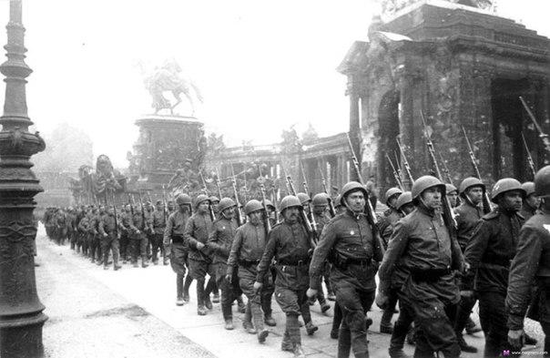Русские любят брать Берлин