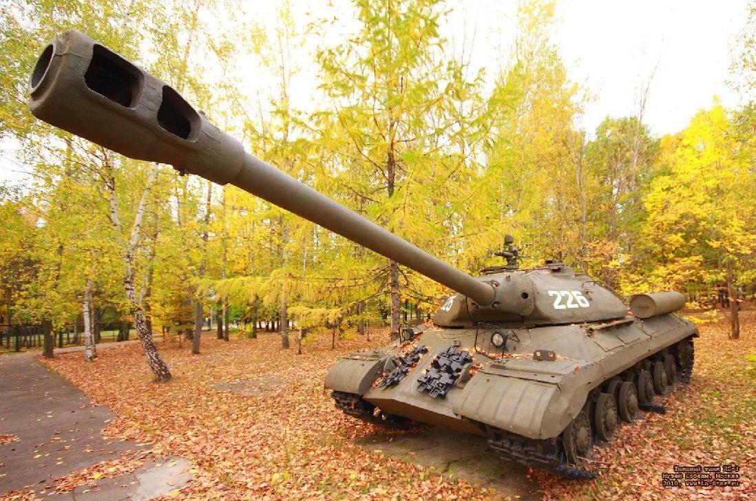Бронированный сюрприз Иосифа Сталина  - танк ИС-3. Видео. 14475.jpeg
