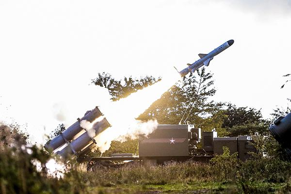 Ракетный панцирь прикроет Крым от Киева и НАТО. 2