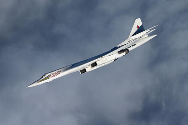 Белый лебедь Ту-160 стал кошмаром Белого Дома. 1