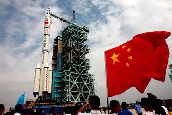 Китайский ракетный ширпотреб выходит в космос. 1