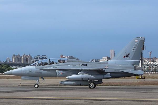 Южная Корея придумала свой собствеенный T-50. 2