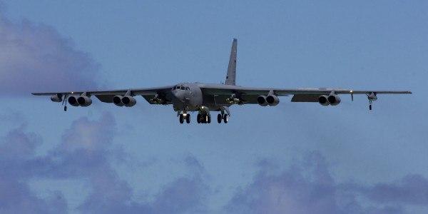 Ядерные B-52 прослужат сто лет