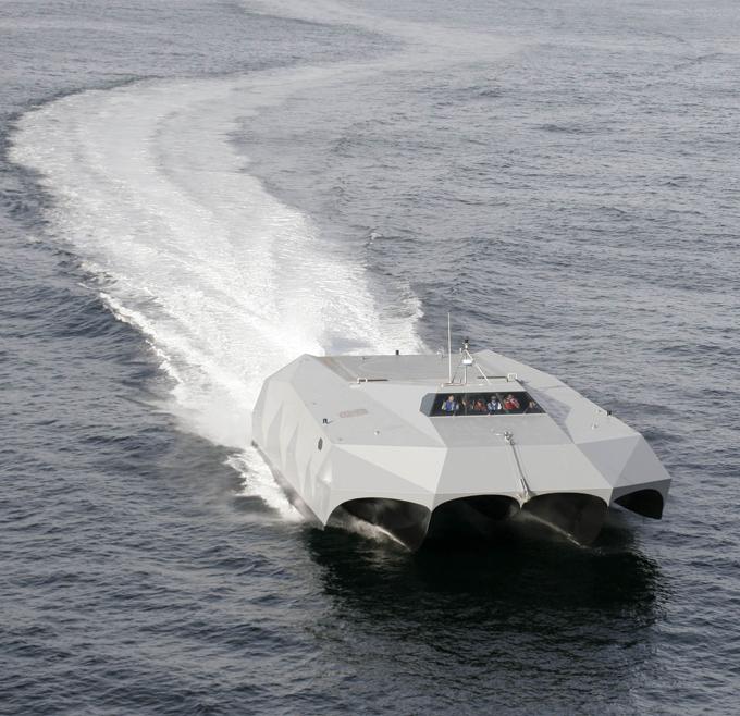 Лодка-невидимка. ФОТО. 14940.jpeg