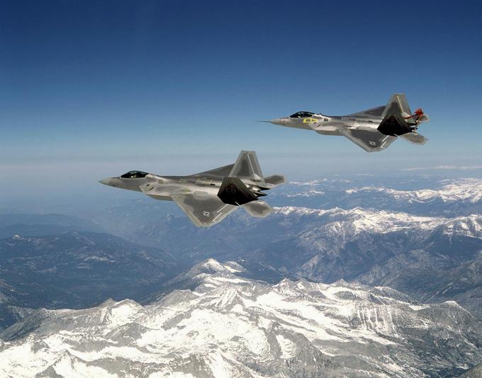 В небе F-22. ФОТО. 14949.jpeg