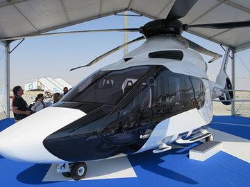ВС Франции летает на вертолете Фантомаса
