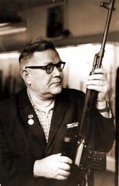 Драгунов, создатель стрелкового оружия. Видео знаменитой винтовки