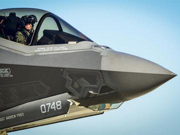 F-35 получат систему уклонения от столкновения с землей